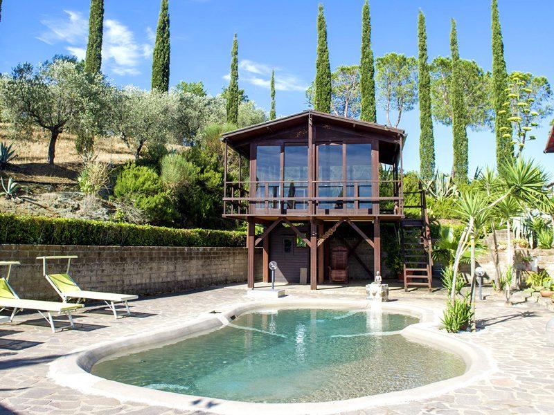 villa-a-castiglione-della-pescaia-piscina-e-palestra