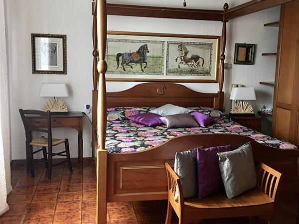 Camera Matrimoniale Deluxe vista Piscina - Villa a Castiglione della Pescaia (16)